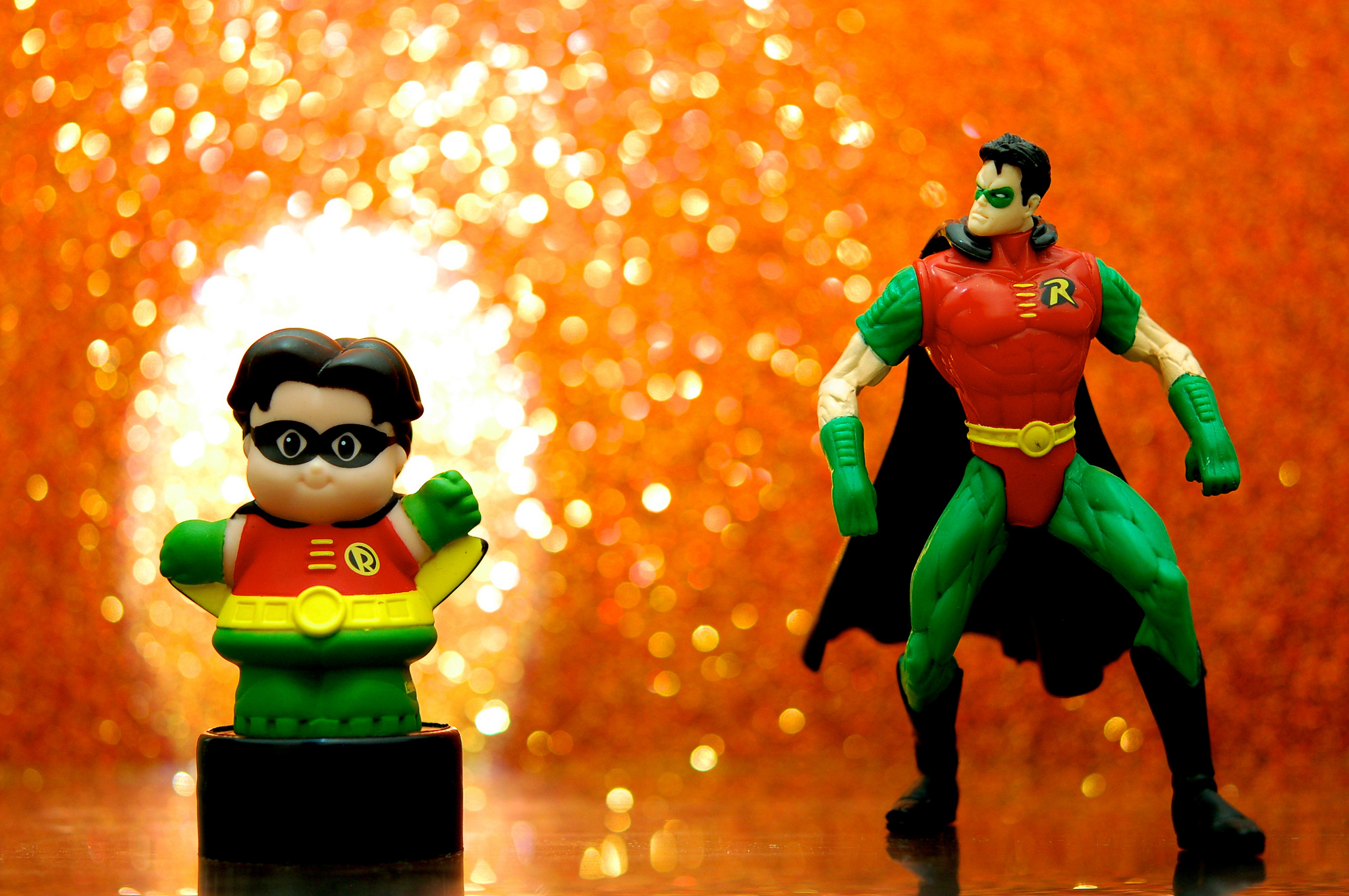 Batman and robin figurines