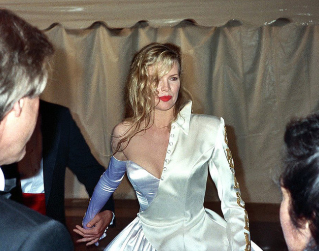 Kim Basinger at wedding