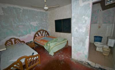 disgusting hotel room