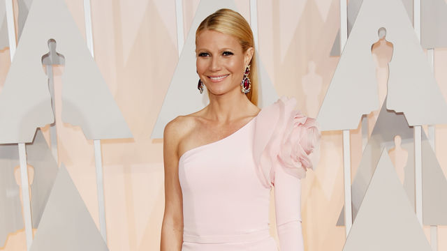 Oscars_Red_Carpet_Fashion_Fails_.jpg