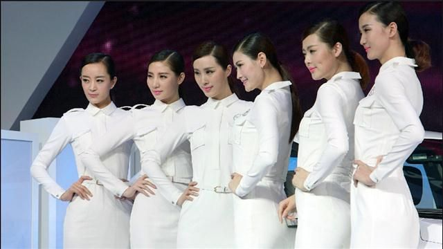 Auto_Shanghai_2015__Where_Did_Sexy_Models_Go_.jpg
