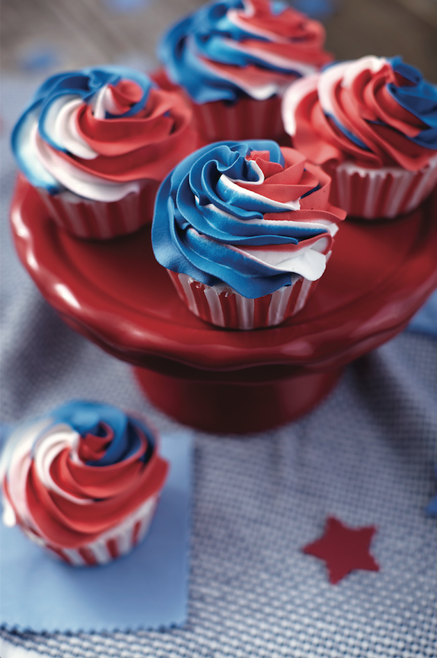 red white and blue swirl cupcakes