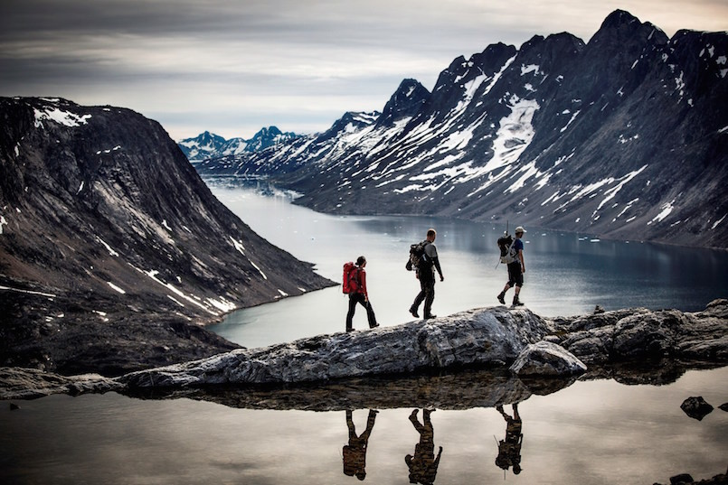 hiking-along-the-edge-near-tiniteqilaaq-visit-greenland-805x537