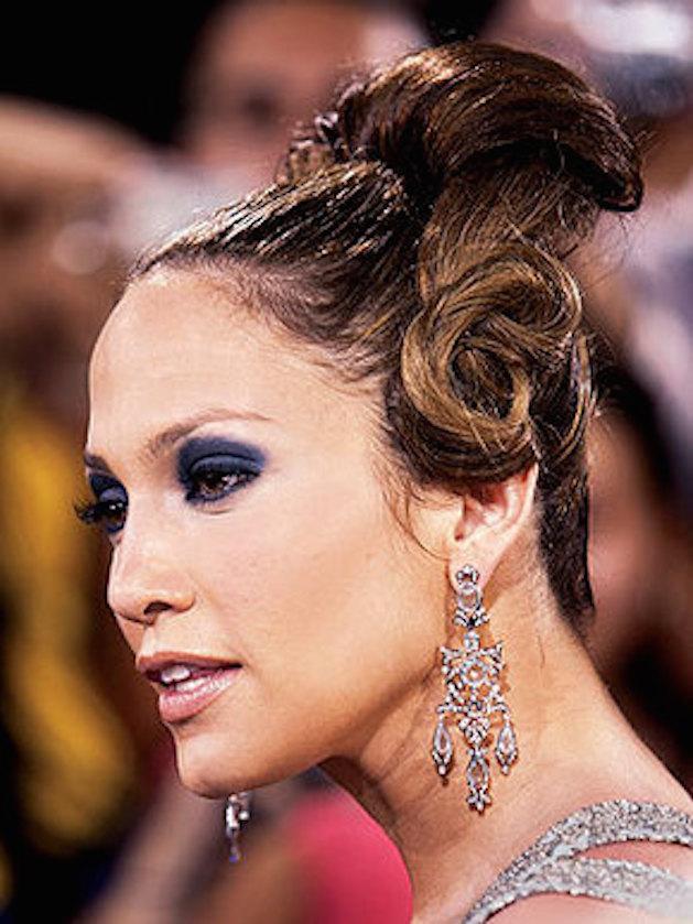 Jennifer Lopez bad up do