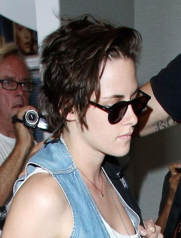 Kristen Stewart short black hair