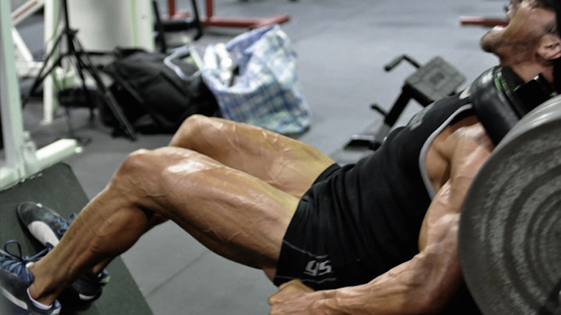 man doing leg workout