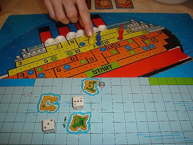 The Sinking of the Titanic board game