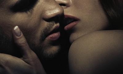 couple kissing portrait sexy