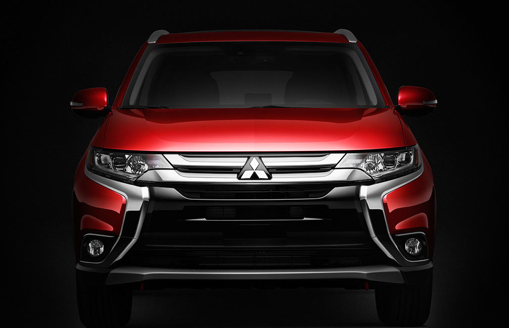 red 2016 Mitsubishi Outlander from view
