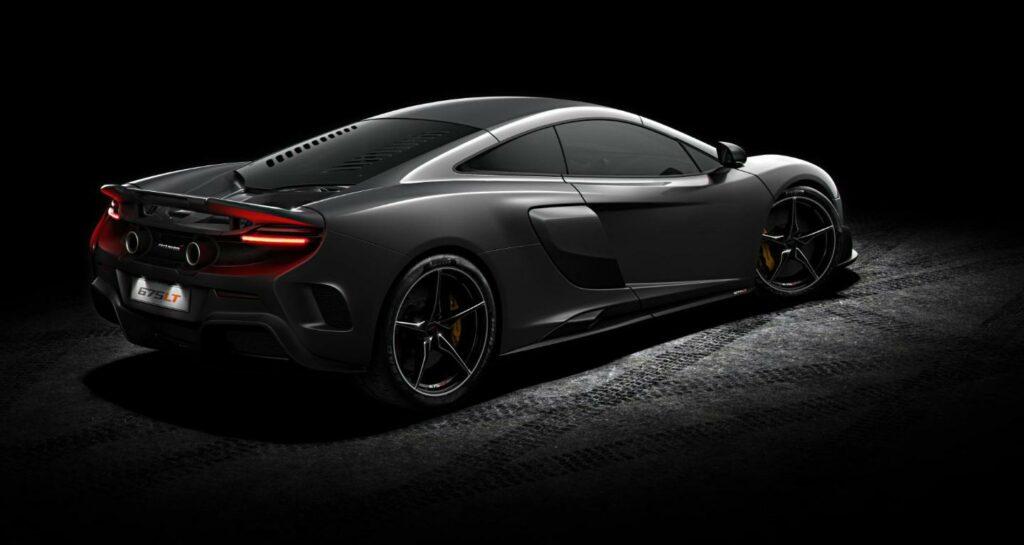 McLaren 675LT read side view