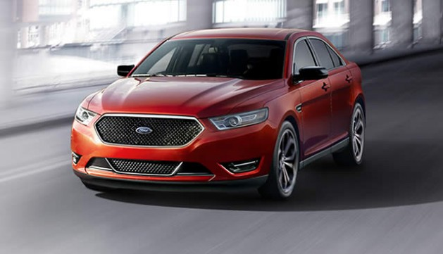 2015 Ford Taurus Red