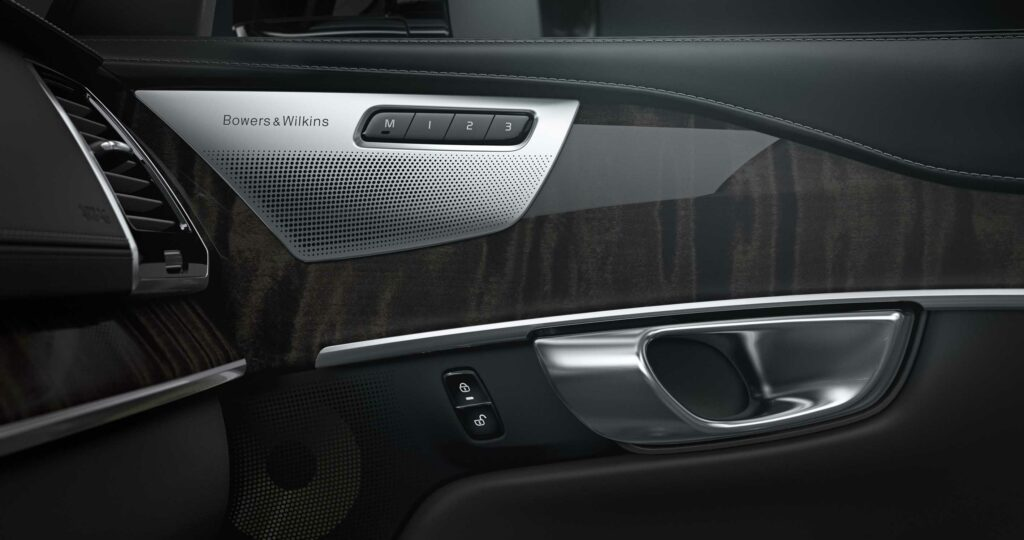 volve xc-90 bowers & wilkins sound system