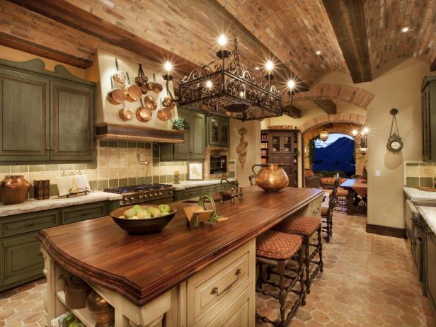 DP_Thomas-Oppelt-italian-style-kitchen_s4x3.jpg.rend.hgtvcom.616.462