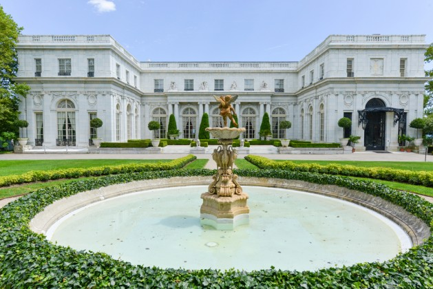 Gilded Age mansions, in Newport