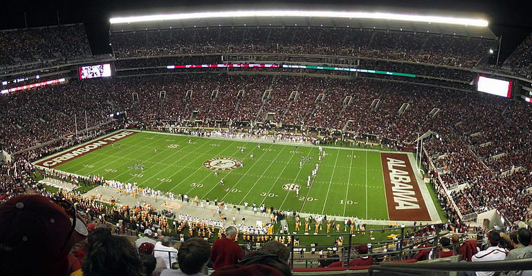 By Matthew Tosh - Flickr: Bryant-Denny 10-22-11, CC BY-SA 2.0, Link