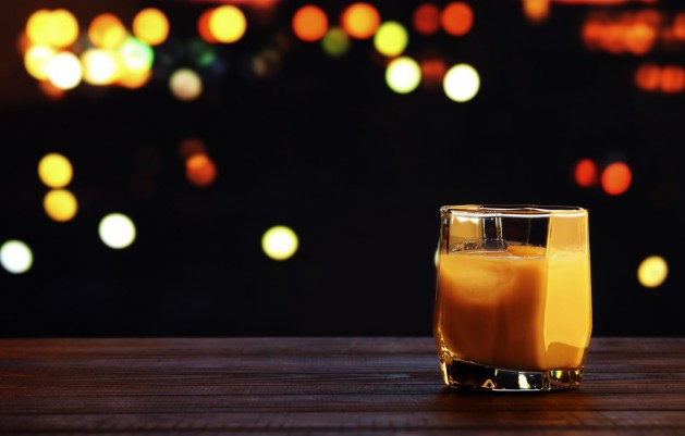 White russian cocktail on blurred bokeh background