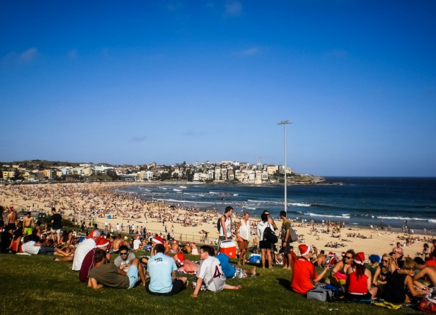 SYDNEY-DECEMBER 25:People relaxing for christmas day at Bondi beach in Sydney,Australia on 25 December 2012 .Bondi beach is one of a famous beach in the world