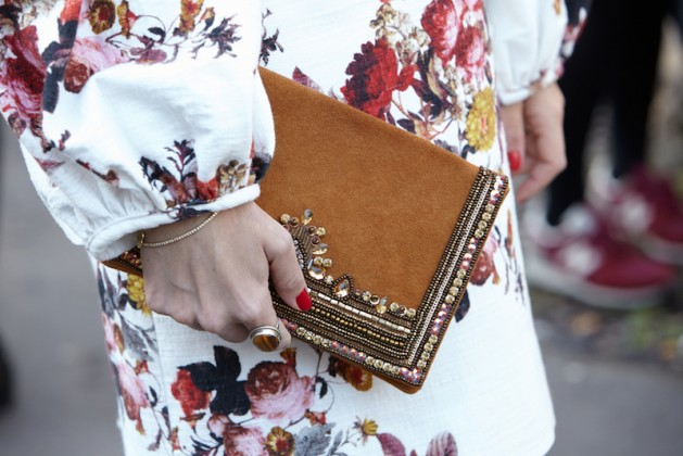 paris-september-30-woman-with-decorated-bag-poses-for-photographers-before-yang-li-show-paris-fashion-week-day-2-spring-summer-2016-street-style-on-september-30-2015-in-paris-spring-2017-fashion-trends