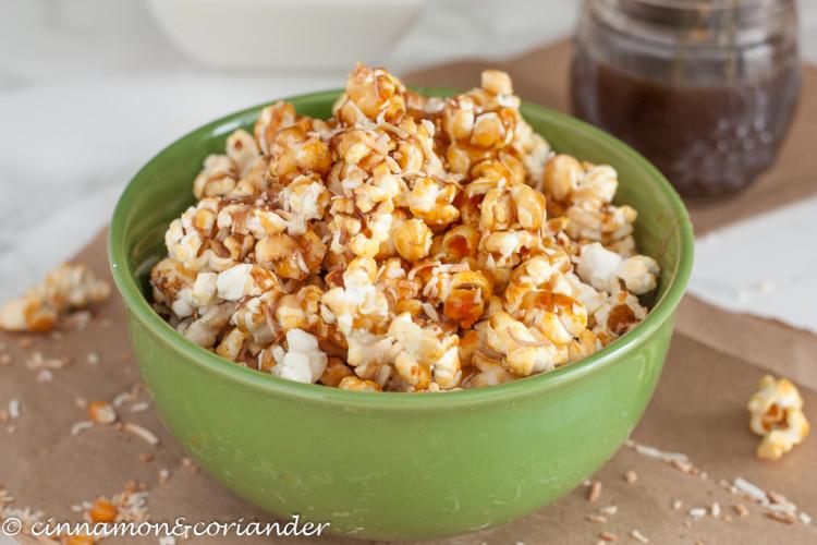popcorn-with-coconut-caramel-750x500