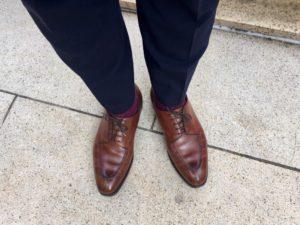 brown shoes black pants